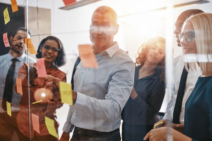 managers de transition au travail
